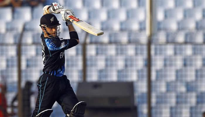 New Zealand bat in fifth one-day against Pakistan