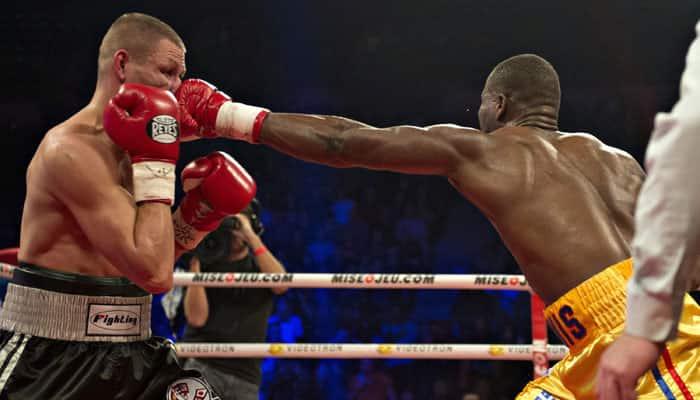 Stevenson KOs challenger Sukhotsky for WBC light heavyweight title