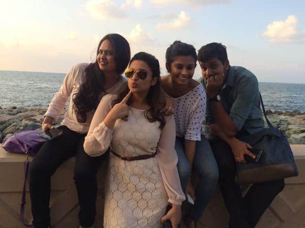 Parineeti Chopra :- Dubaiiii !! And the team who makes it happen :) Carla & Nitasha missing!! They were busy in the pool and/or eating :p -twitter