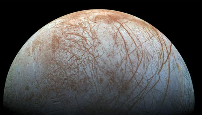 Signs of Europa's plumes remain elusive