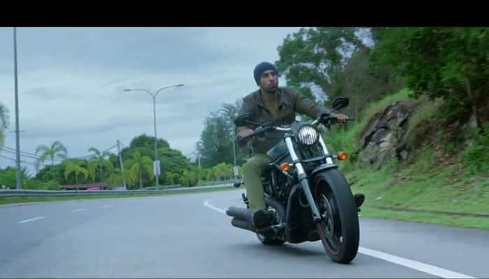 Watch: Ranbir Kapoor whistling to 'Tu Hain Ki Nahi' in 'Roy'!