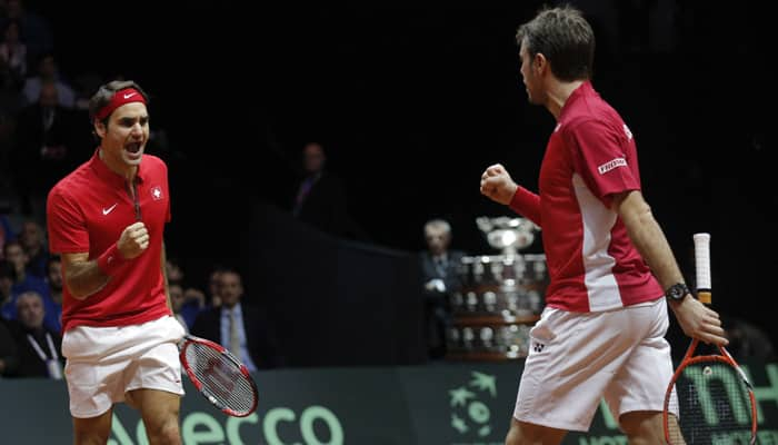 Roger Federer, Stanislas Wawrinka raise money for underprivileged children