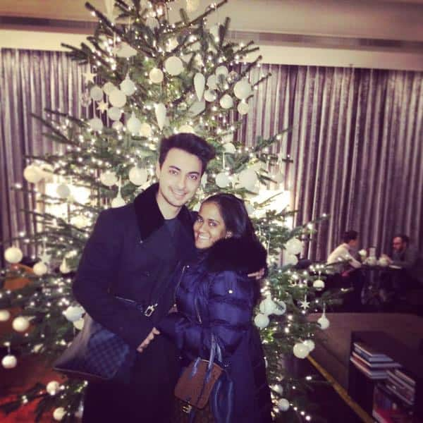 Arpita Khan Sharma :- Beautiful Christmas ! @aaysharma  - TWITTER