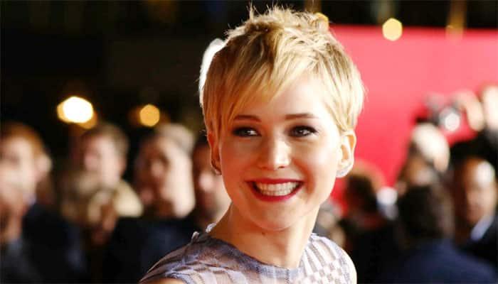 Jennifer Lawrence visits Children's Hospital to celebrate Christmas