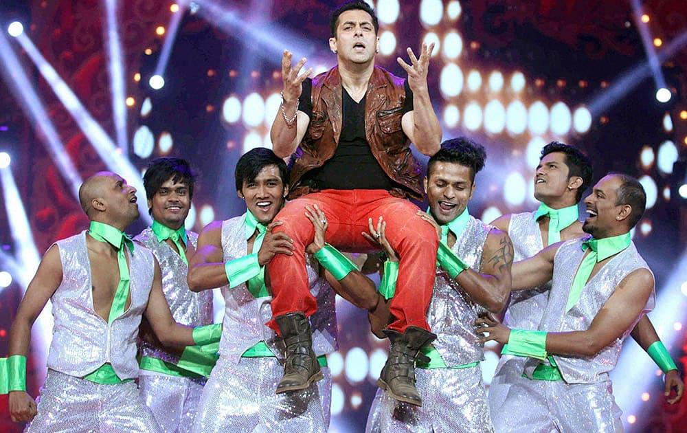 Bollywood actor Salman Khan performs during the BIG STAR Entertainment Awards 2014 in Mumbai.