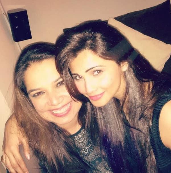 shahdaisy :- I call her my soul sister.. @zohabeig - Instagram