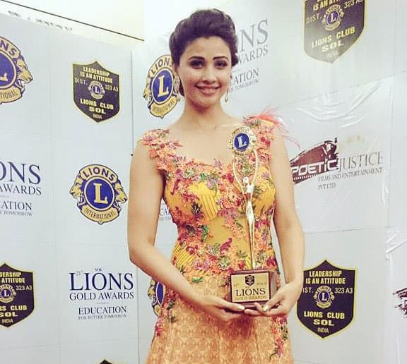 Daisy Shah ‏:- Thank you Lions Club for d appreciation n the Debut Award #jaiho.Walked for my dear friend #rohitverma #showstopper -twitter