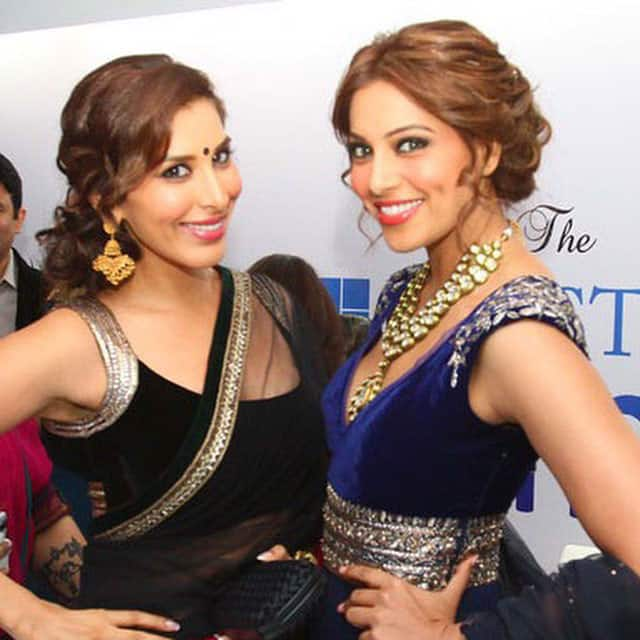 sophie choudry :- Happy birthday hottie @bipashabasu .. Wish u happiness, success, love in 2015 Biggggggest hug! Have an amazing year! #bday #celebrate #friends #happy #smile -instagram