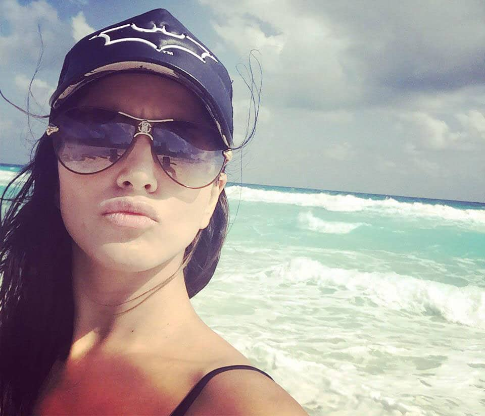 Sunny Leone holidays with family in Mexico -twitter
