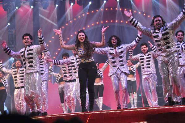 Actress Parineeti Chopra At #SAIFAIMAHOTSAV.  -twitter