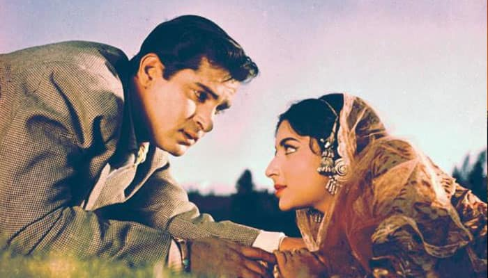 The dashing Shammi Kapoor starred in this romantic movie which marked the debut of Sharmila Tagore. The movie with many twists was a hit and all the songs composed by OP Nayyar were superhits of the time. The film was remade in Telugu as 'Shrungara Ramudu'.