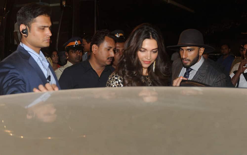 Deepika Padukone and Ranveer Singh during the Umang Mumbai Police Show 2015 in Mumbai. -dna