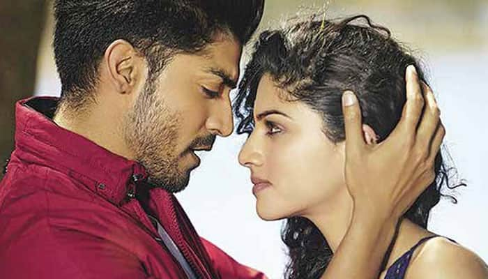 Check out: Soulful track 'Baatein Ye Kabhi Na' from 'Khamoshiyan'