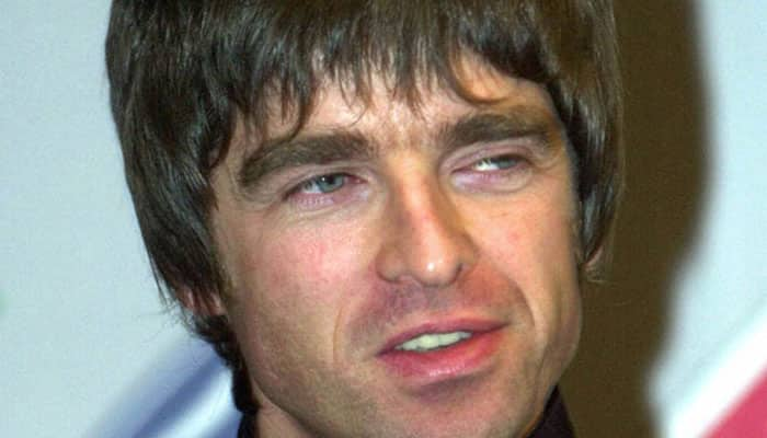 Pal Paul Weller `threatens` Noel Gallagher over potential Oasis reunion