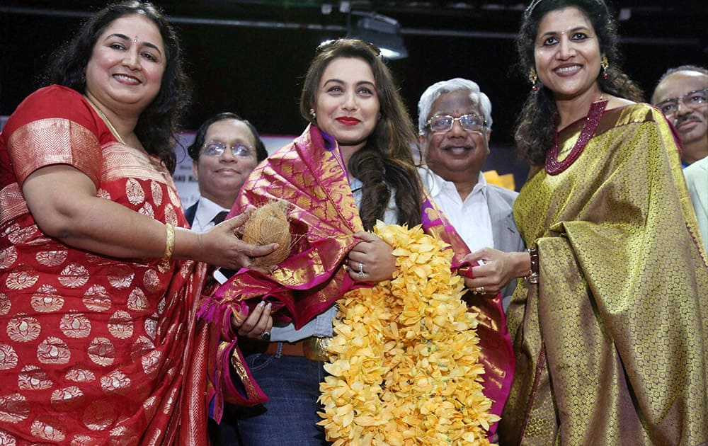 Rani Mukherjee at a felicitation ceremony for stupendous contribution to the film industry, at Mumbai University in Mumbai`.