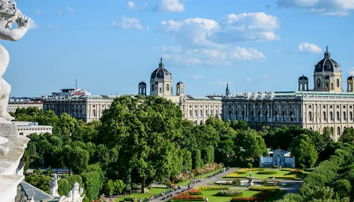 Join Vienna as they celebrate 150 years of the Ringstrasse
