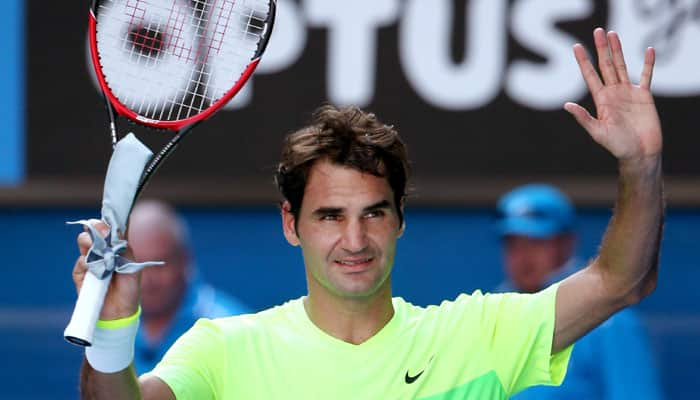 Roger Federer fights back to beat Simone Bolelli at Open