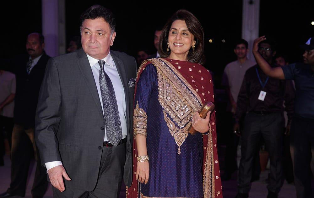 Rishi and Neetu Kapoor during the wedding reception of Kush and Taruna Agarwal at Sahara Star in Mumbai. DNA