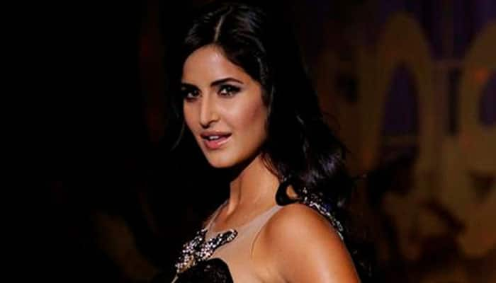 Watch: Katrina Kaif poses for visually impaired photographer