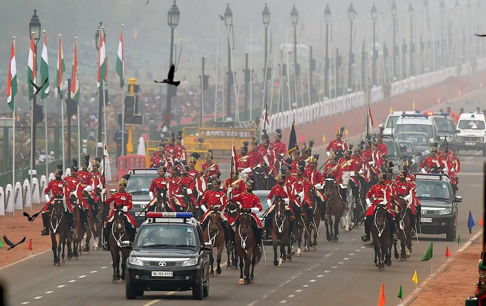 Presidents bodyguards during the full dress rehearsal for the Republic Day parade at Rajpath in New Delhi.