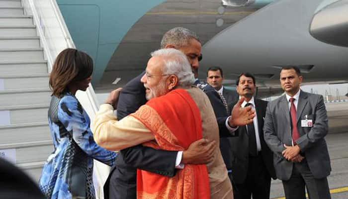 PM Narendra Modi welcomes Barack Obama -twitter@PIB India