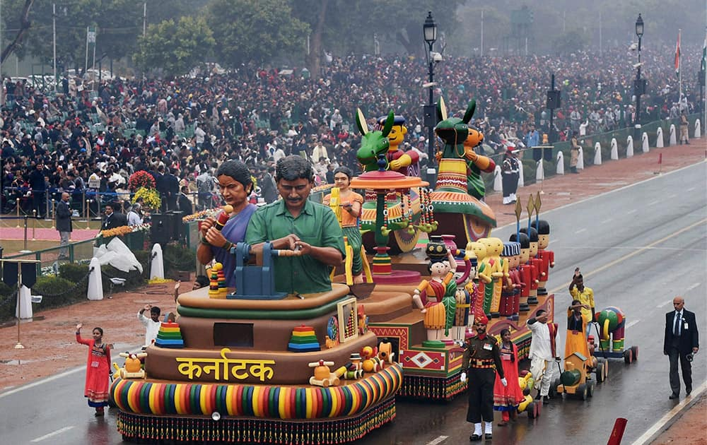 Karnataka tableau on display during the 66th Republic Day parade at Rajpath in New Delhi.