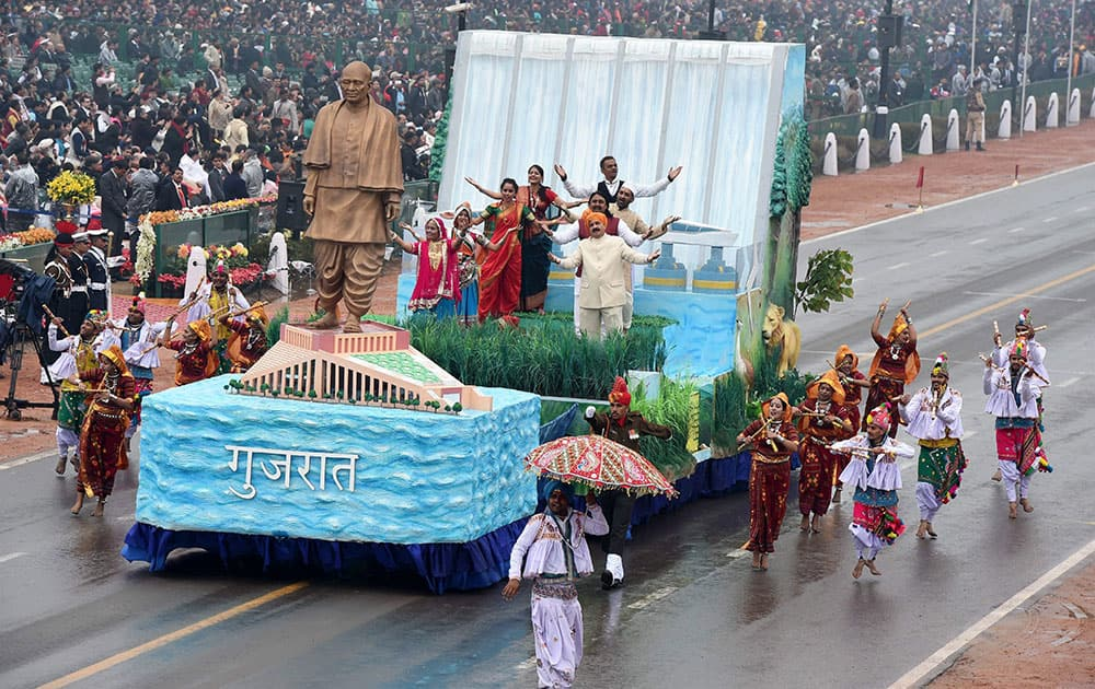 Gujarat tableau on display during the 66th Republic Day parade at Rajpath in New Delhi.