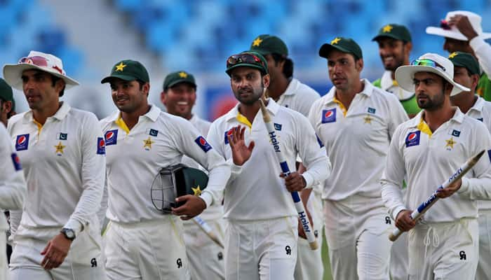 Pakistan board, players hold negotiations over contract row