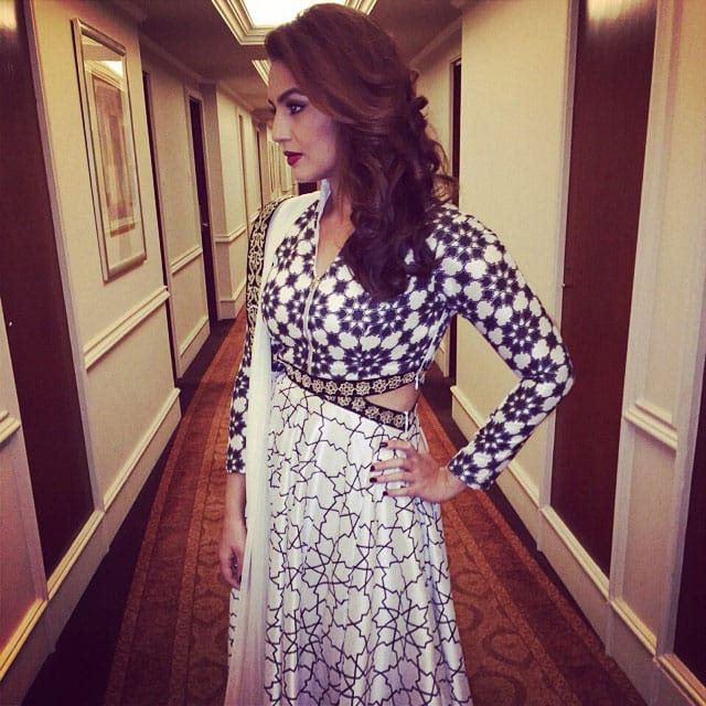 Huma Qureshi :- Love this outfit #blastfrompast :-) -instagram