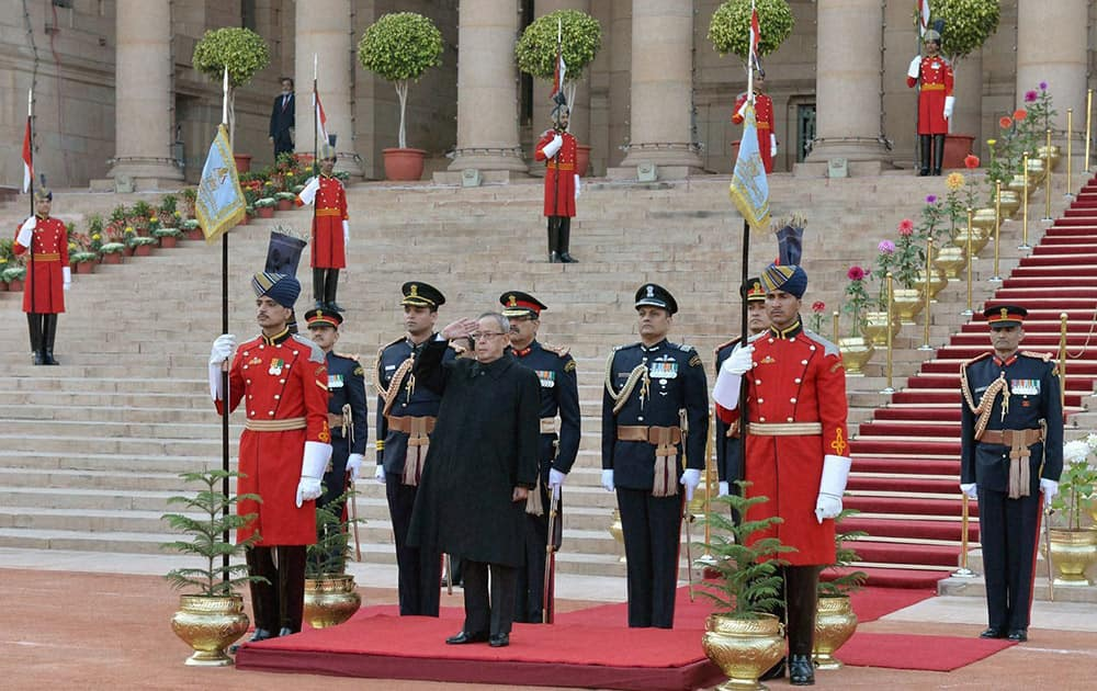 President Pranab Mukherjee before leaving for Beating Retreat ceremony from forecourt of Rashtrapati Bhavan in New Delhi.