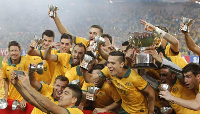 Aussies can `take on world`, says coach