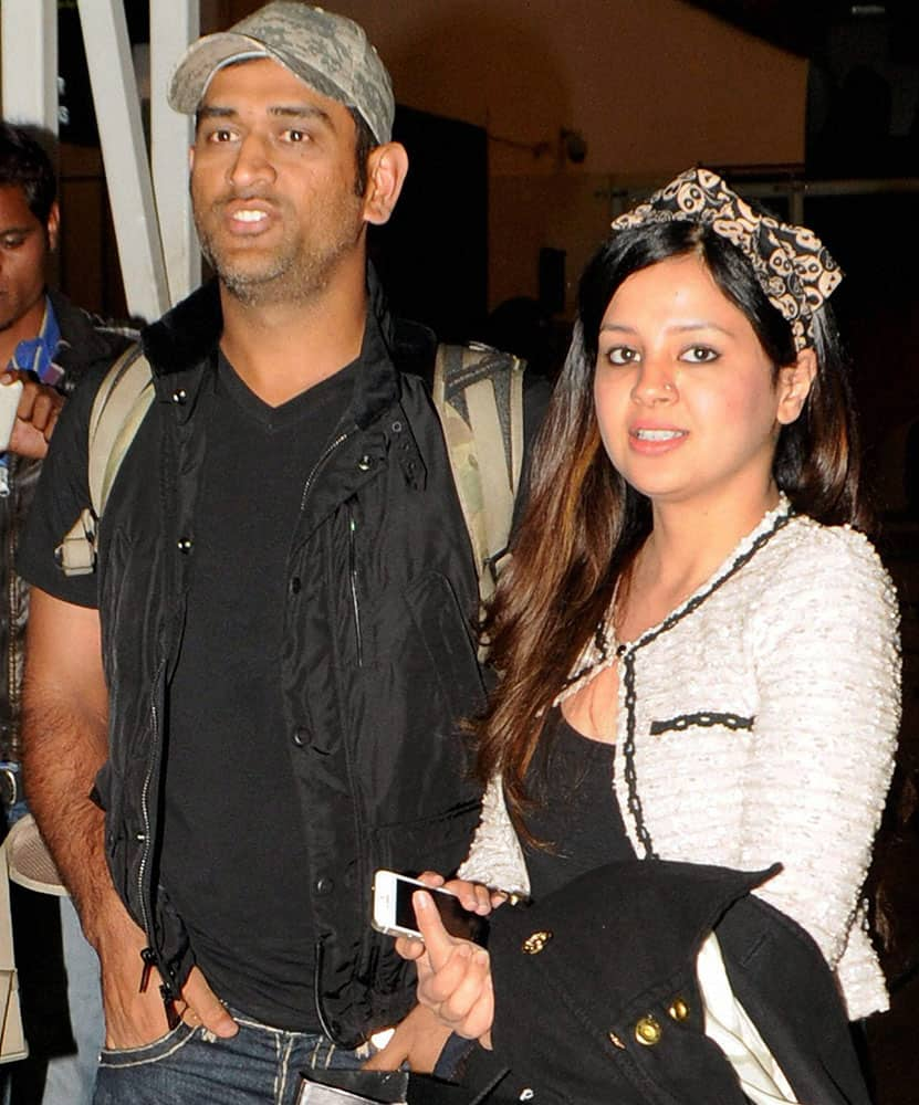 Indian Cricket team captain MS Dhonis wife Sakshi delivered their first baby, a girl, at a private hospital in Gurgaon.