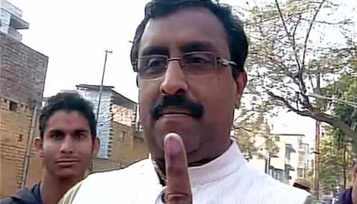 BJP's Ram Madhav casts his vote #DelhiVotes