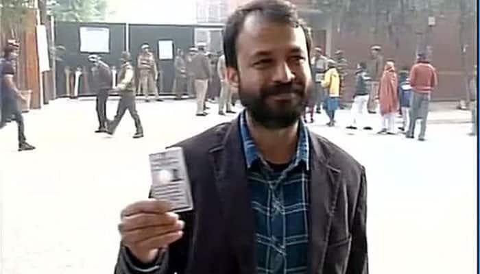 AAP's Ashish Khetan casts his vote #DelhiVotes