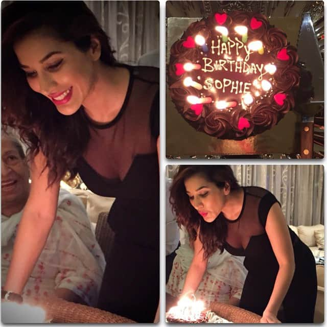 Woohoo..It's my happy happy Many pics & cakes to come I'm sure! #birthday #celebrate #happy #candles #cake #wishes #aquarius - instagram @sophiechoudry