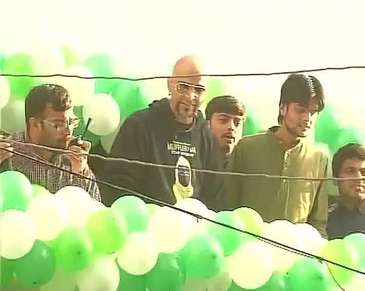 Raghu Ram at AAP office in Delhi. Pic Courtesy:Twitter