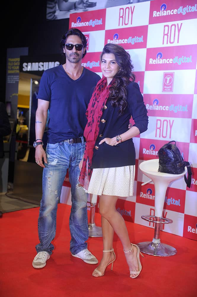 Arjun Rampal and Jacqueline Fernandez stepped out to promote their movie in Mumbai. dna