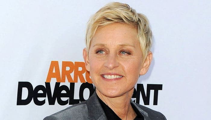 Ellen DeGeneres spoofs 'Fifty Shades of Grey'