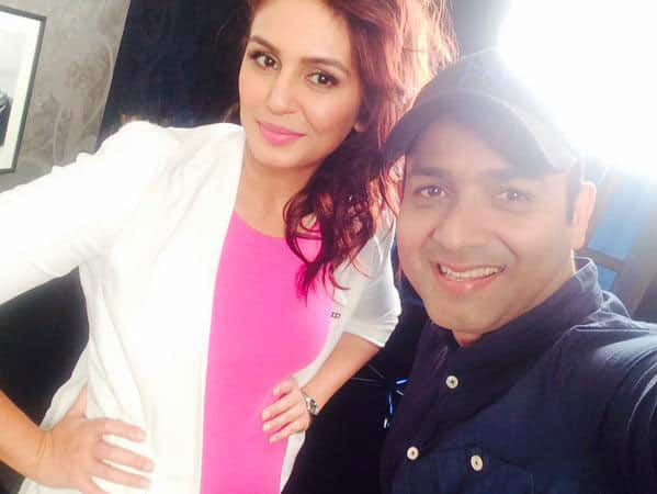 Selfie time with the stunning @humasqureshi after a heartfelt conversation #TalkingFilms -twitter