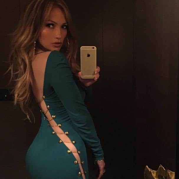 Jennifer Lopez ‏:- Emerald green and its PUCCI... Two of my faves. -twitter