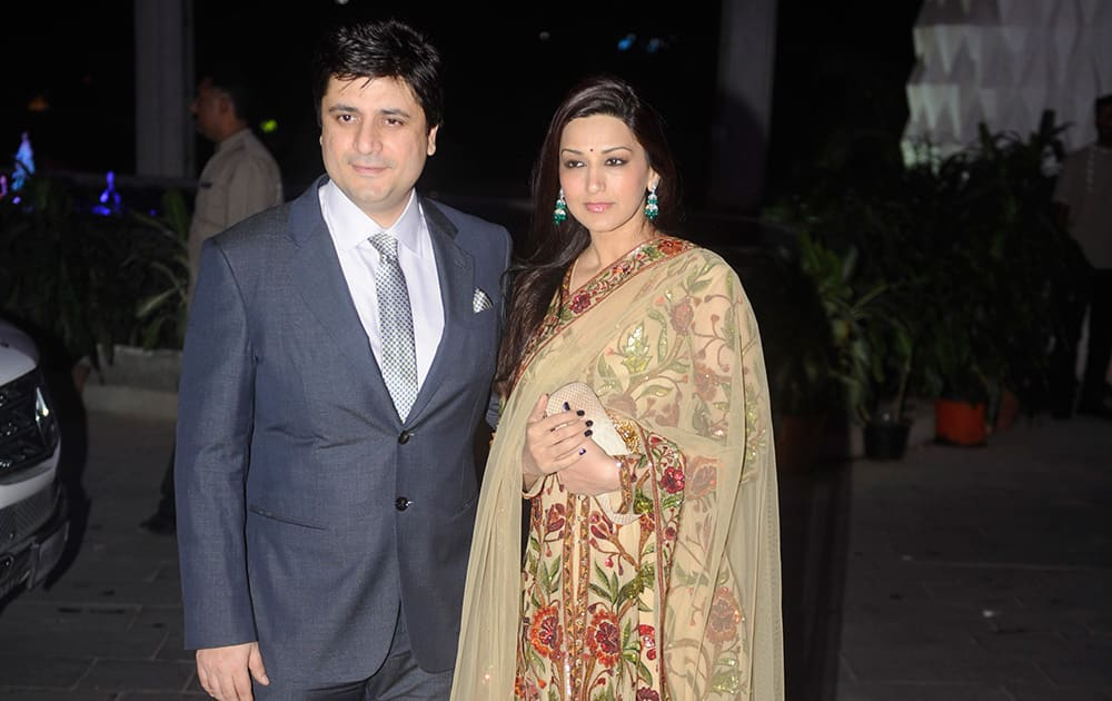 Goldie and Sonali Behl during the wedding ceremony of Tulsi Kumar and Hitesh in Mumbai. DNA