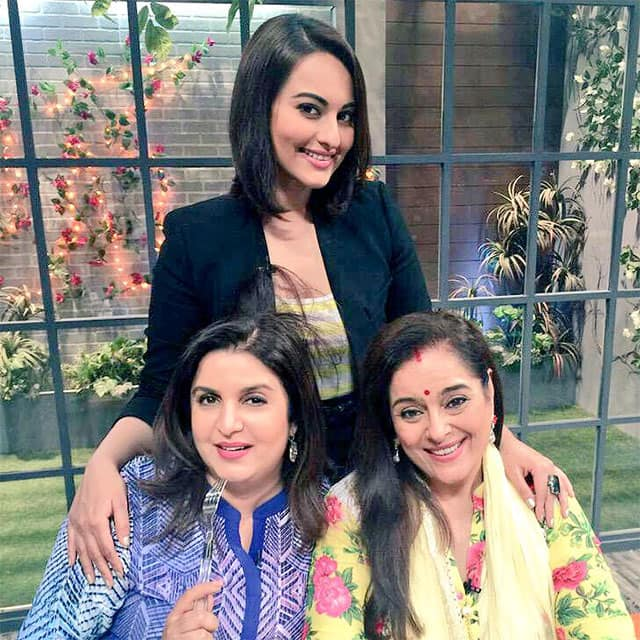 Sonakshi Sinha :- Cooked for the 1st time in my life on Farah ki Dawat yesterday!! Now to see if i ever cook again @TheFarahKhan -twitter