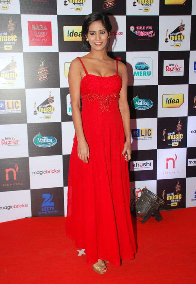 Poonam Pandey wore red hot at music awards night http://www.desispy.com/poonam-pandey-wore-red-hot-music-awards-night -twitter