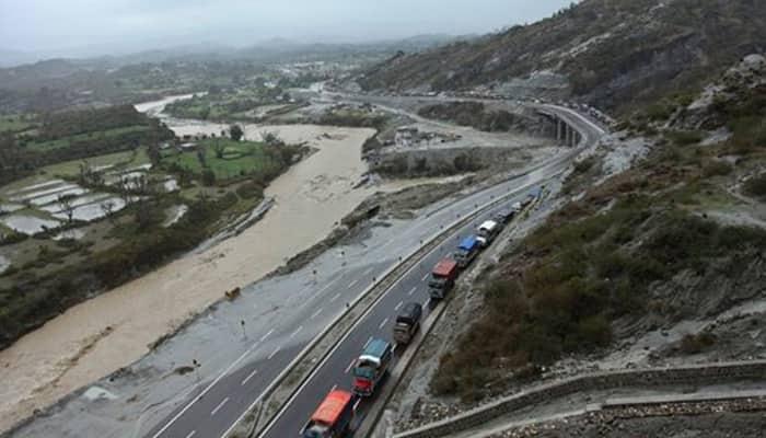 Srinagar-Jammu highway re-opens after four days