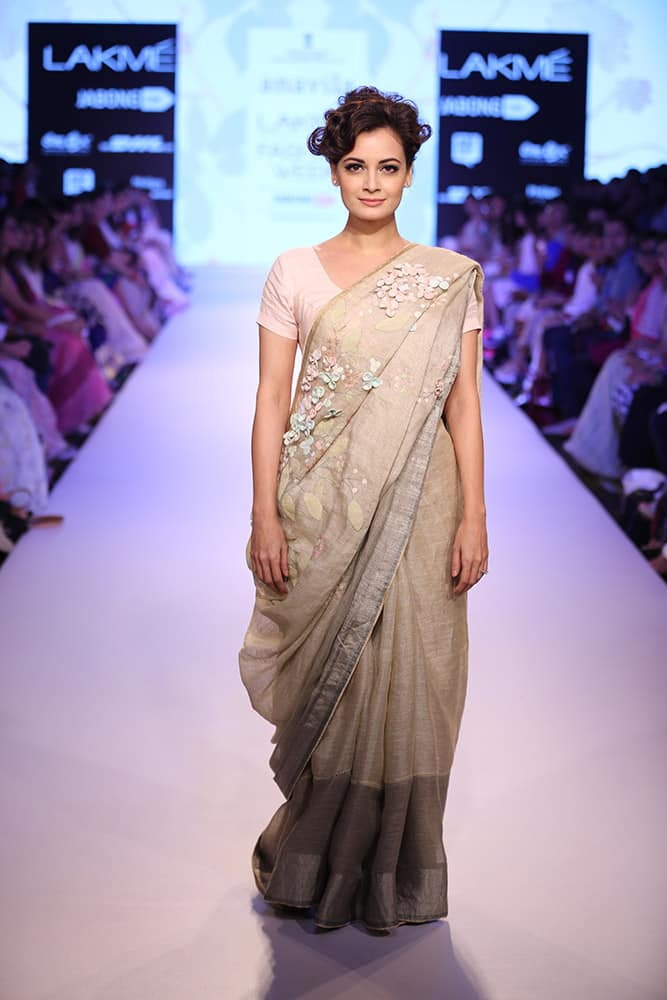 Designer Anavila Misra showcased her spring summer collection, 'A Summer Stroll' at the Lakme Fashion Week, 2015.