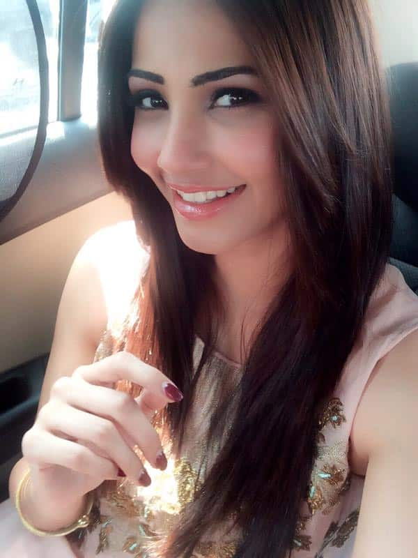 Happy Gudipadwa... Happy Cheti Chand & Happy Ugadi... To 1 n all.. 1 day 3 celebrations... God bless - Twitter‏@ShahDaisy