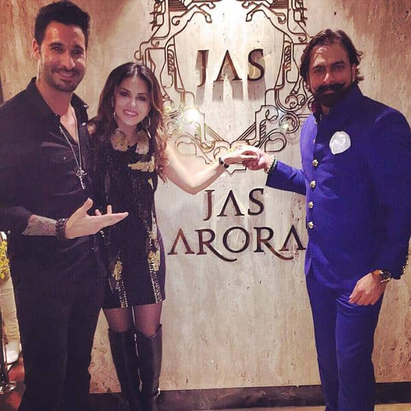 Last nights event with @jasarorabespoke thanks for all the amazing gifts!! Great times!! @DanielWeber99 - Twitter@SunnyLeone
