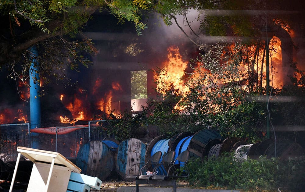 A major fire broke out in the AC plant of Parliament complex this afternoon, in New Delhi.
