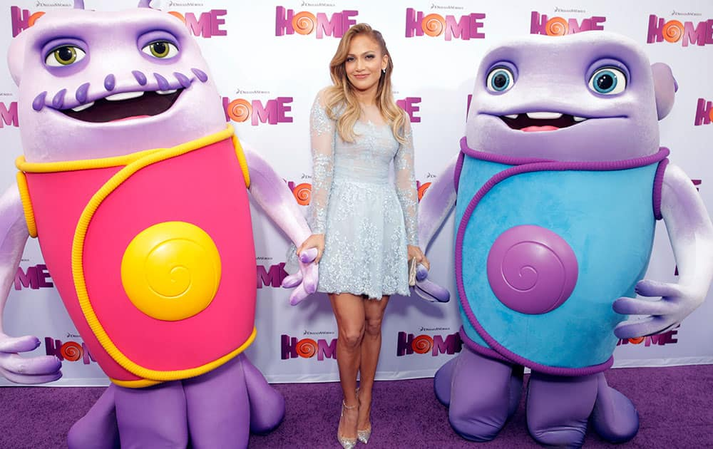 Jennifer Lopez attends the Los Angeles Premiere of