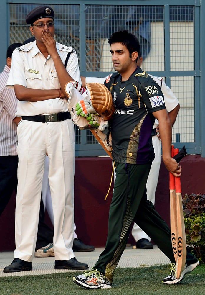 Kolkata Knight Riders (KKR) captain Gautam Gambhir arrives in the field for training session at Eden Garden in Kolkata.